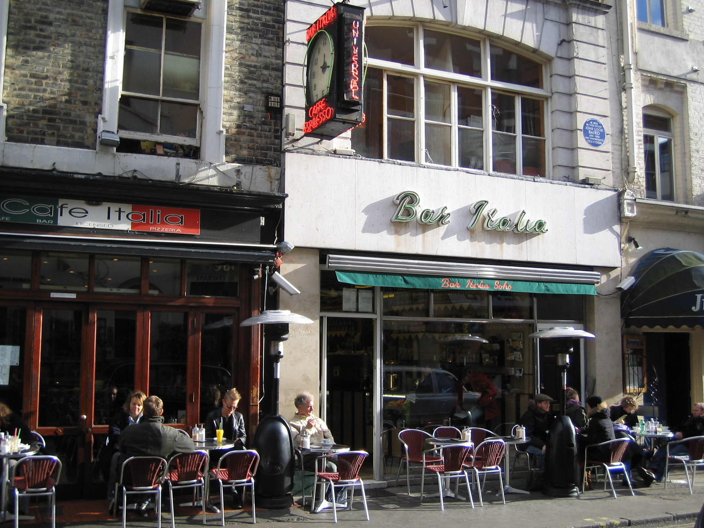 a good place for a cup of tea and a think: bar italia ...