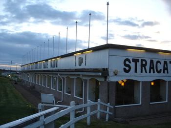 Strac_poles